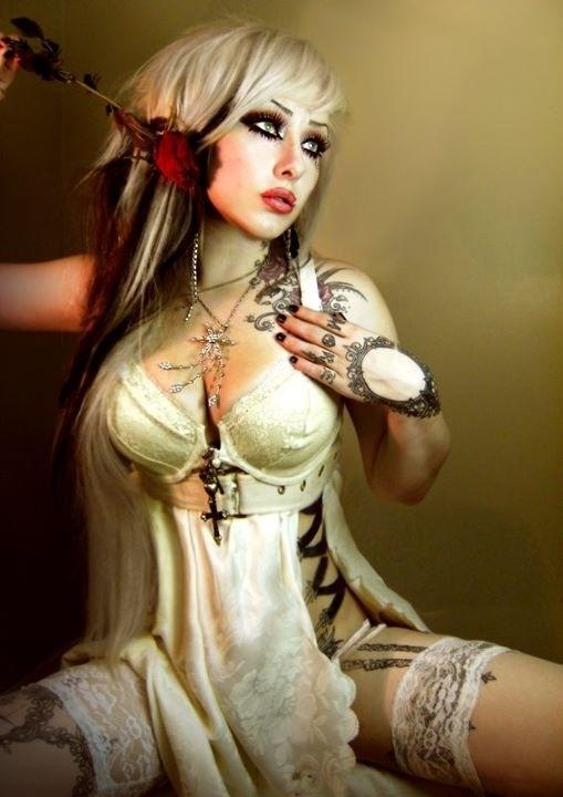 :F: Tattoo Women, Gorgeous Tattoo, Goth Girls, Fashionsteampunk Style, Dark Beautiful, Tattoo Beautiful, Tattoo Pintsess, Tattoo Photography, Victoria Murders