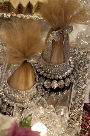 23 best images about sofre aghd on pinterest see more for Arathi thattu decoration