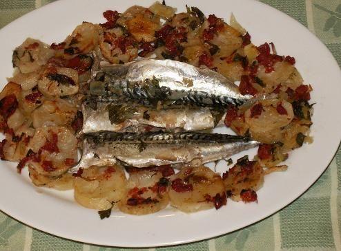 Sgombri con Patate al Forno - Baked Mackerels and Potatoes