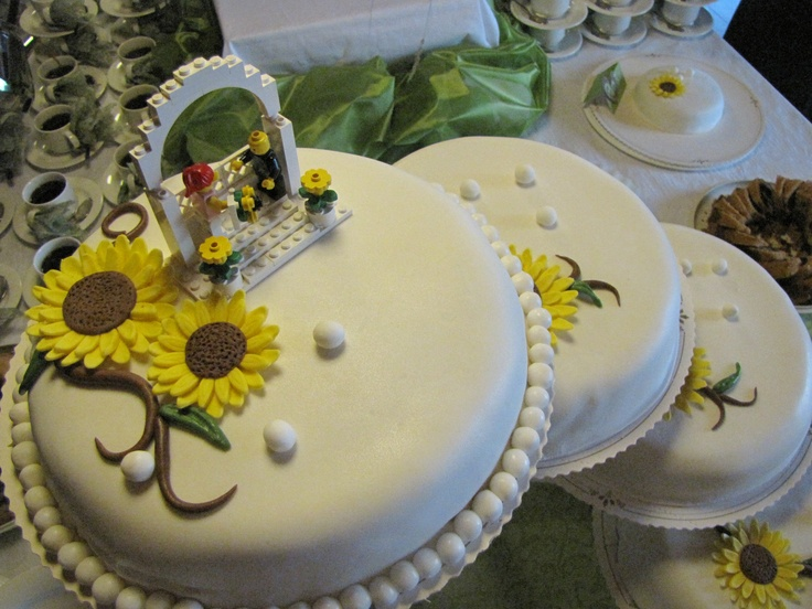 When one of my friends got married I made the cakes.