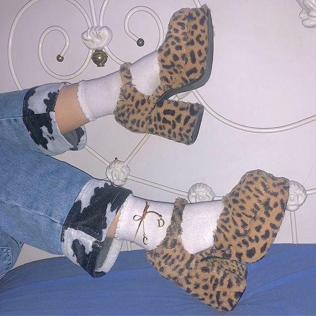 @uglycoats en 2019 | Zapatos, Ropa vintage y Zapatos tumblr