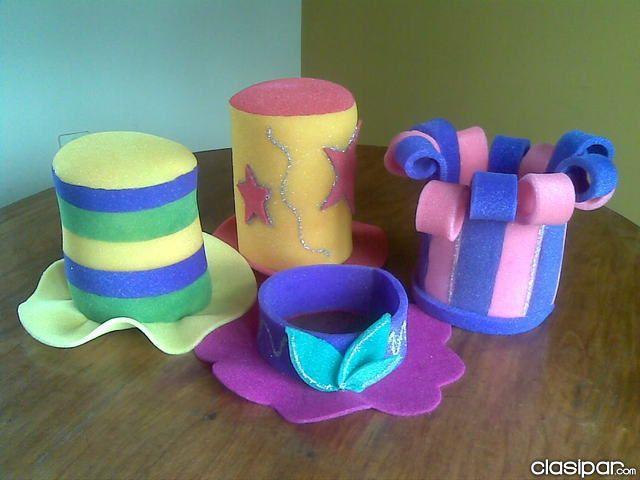 sombreros de cotillon - Buscar con Google                                                                                                                                                                                 Más