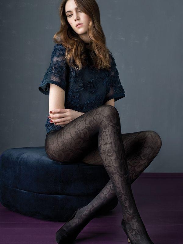 Inspisujące wzorzyste rajstopy Batdance - idealne na sezon jesienno-zimowy. #rajstopy #fiore #olive #wzorzyste #kobieta #moda #zakupy #nowość #new