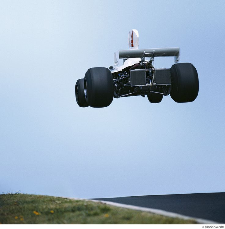 james hunt - lift off - nürburgring