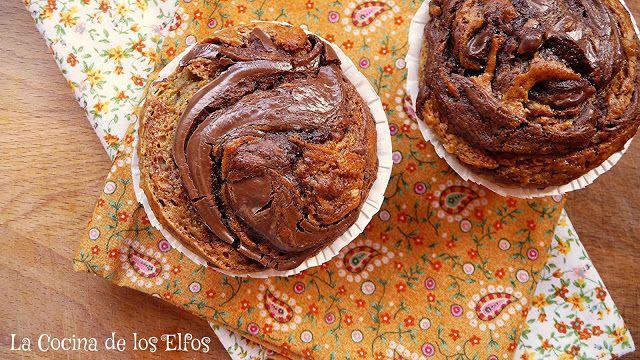 Muffins de Plátano Decorados... con Nutella! Banana Muffins... with Nutella Frosting!