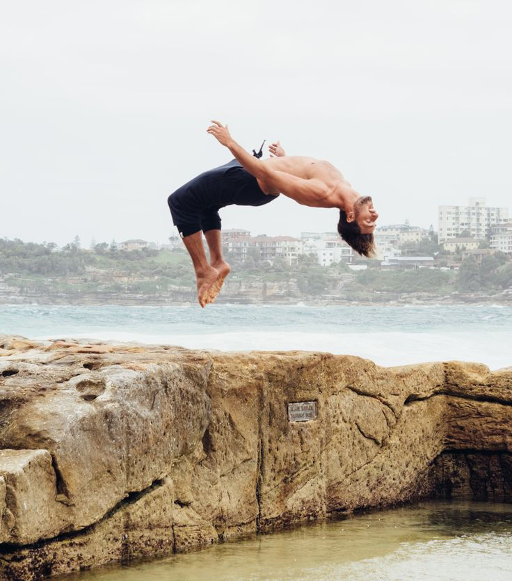 Bondi Backflip | Owen 3/4 Track Pants Navy | Campbell & Hall #aceconlon #model #mensclothing #lifestyle #ocean #menswear