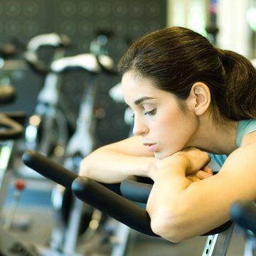 """""""The Surprising Way Low Confidence Affects Your Workout Performance"""" #self-care"""