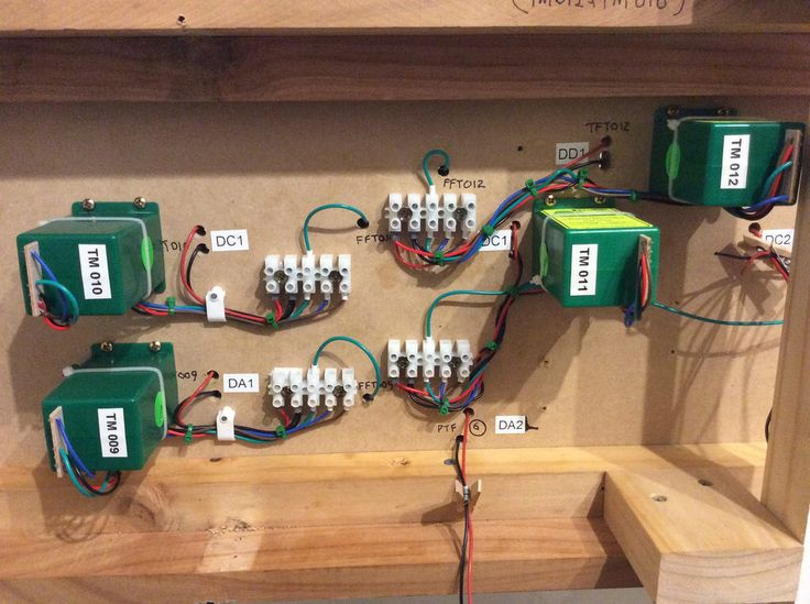 Wiring Tortoise motors on my Digitrax DCC layout