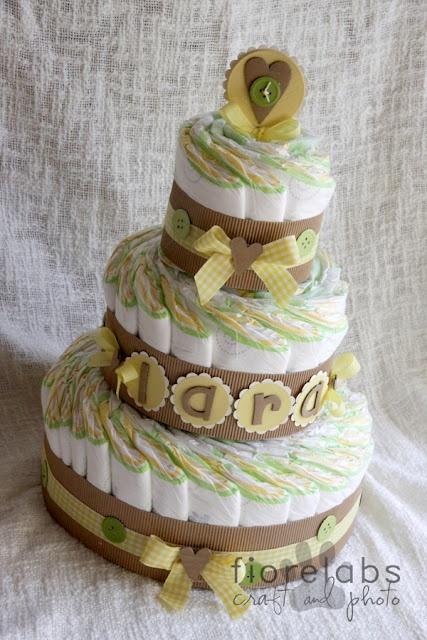 torta pannolini verde e gialla
