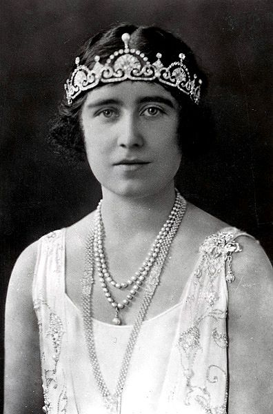 Queen Elizabeth, the Queen Mother, wearing the Papyrus/Lotus Flower Tiara.. Beautiful picture from when she was younger, you dont see many!