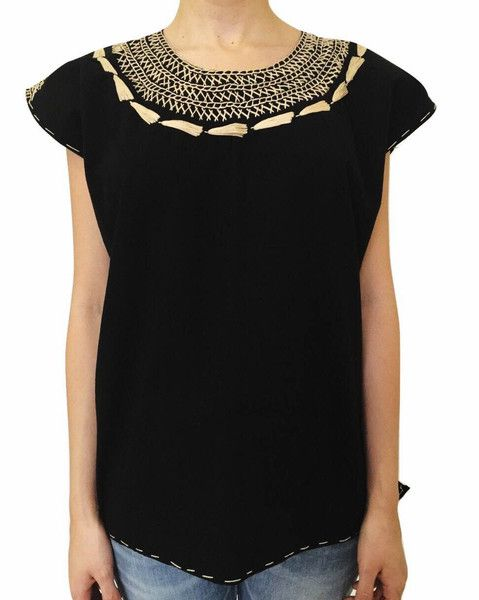 Summer Outfits - Handmade Black Blouse - 100% Cotton - Available at azucarmaria.com