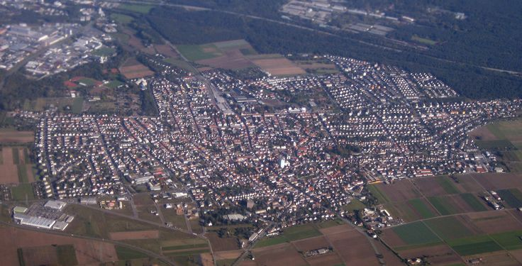 Pfungstadt (Hessen): Pfungstadt ist eine Stadt im Landkreis Darmstadt-Dieburg im Regierungsbezirk Darmstadt in Südhessen.
