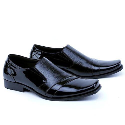 .  Nama Produk: Sepatu Pria Garsel Shoes GFA 0007 SKU: GFA 0007 Ukuran: 38-43 Berat (kg): 1.2 Harga Jual: Rp. 320760 Harga Reseller: Rp. 255900 Deskripsi: Hitam Premium Leather .  . Silahkan kontak kami terlebih dahulu untuk cek stok sebelum melakukan pembelian terima kasih   DM atau hubungi Whatsapp: 0895-3528-77930  .   Kami membuka peluang Reseller / Dropshipper GRATIS! tanpa biaya daftar Batch #1 - terbatas untuk 50 Reseller pertama dengan Keuntungan :  1 Belasan Ribu produk yang bisa…
