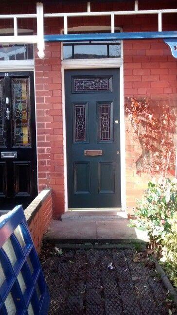 front door farrow and ball studio green front doors. Black Bedroom Furniture Sets. Home Design Ideas