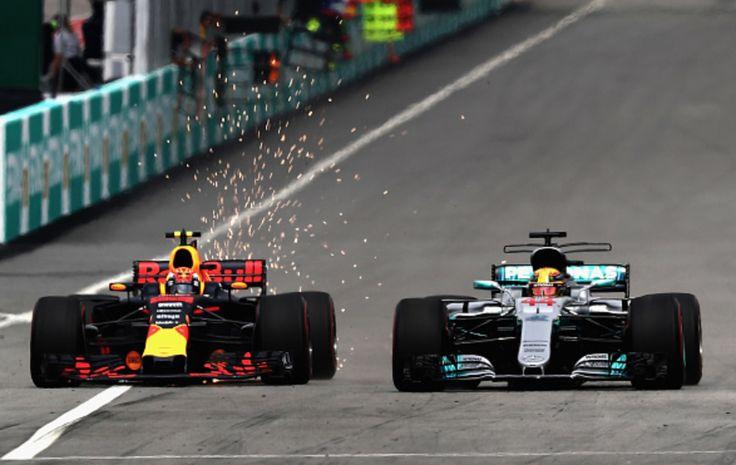 Il giorno di Verstappen - Licenza di vincere Un sorpasso al più forte, deciso, istintivo, fatale. Così Max Verstappen ha conquistato la sua seconda vittoria in carriera nell'ultima edizione del Gran Premio di Malesia, in un Gran Premio ancora d #verstappen #hamilton #vettel #ferrari