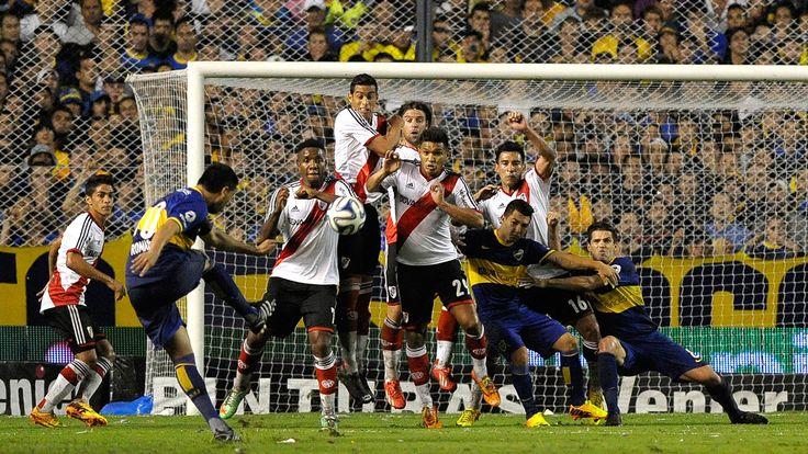 Coup franc en final Boca Junior- River Plates #Riquelme #BocaJunior #Goal #9ine @Riquelme