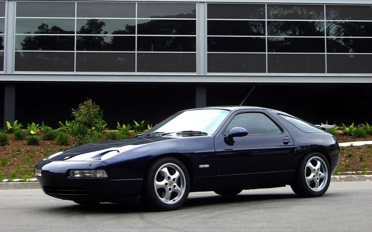 I haven't given much thought to the Porsche 928 before, but in looking at it recently, it seems to be a blend of the 944, the Ferrari 456GT and the Venturi Atlantique (all on this board). I don't have any reason to say that other than just my own whim.928 Before, Venturi Atlantique, Porsche 928, Design Cars, 928 S4, German Cars, Mike Cars, Simply Design, Ferrari 456Gt