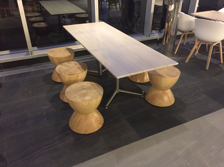 Funky table & chairs on Gold Coast