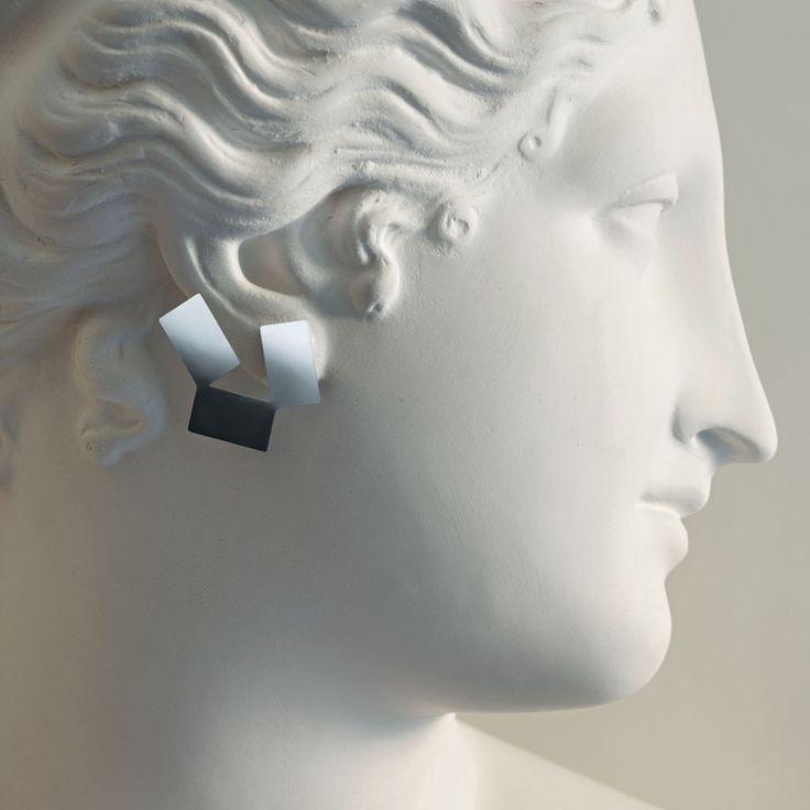 Örhängen i rostfritt stål, blank, Alessi  760 kr