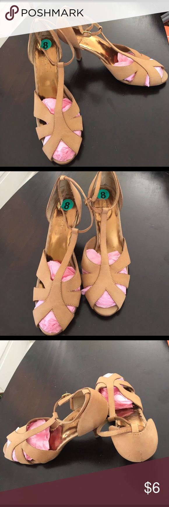 """Tan soft leather upper T-strap spring heels. Liz Claiborne FLEX heels, purchased for """"ballroom"""" dance practice at home .. several scuff marks, but a very comfortable, nice sole ... ready for going out. The cross-over toe and T-strap make them appropriate for work. Liz Claiborne Shoes Sandals"""
