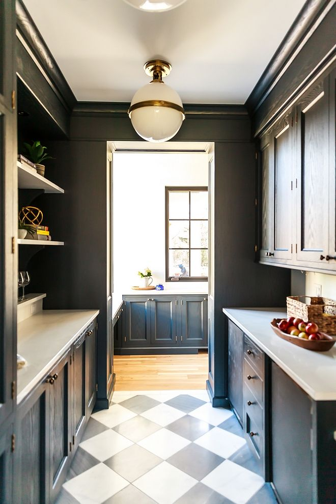 Benjamin Moore Wrought Iron Best Dark Cabinet Paint Color Benjamin Moore Wrought Iro Benjamin Moore Wrought Iron Cottage Style Homes Traditional Kitchen Design