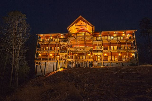 The gatlinburg mansion at night rear view of this awesome - 4 bedroom cabins in gatlinburg tn ...