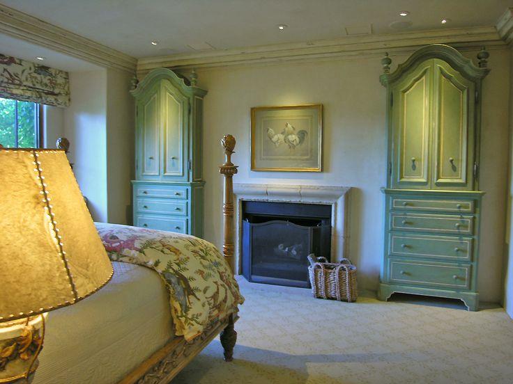 Stunning bedroom with fireplace #Bedroom #Fireplace #LatifeHayson
