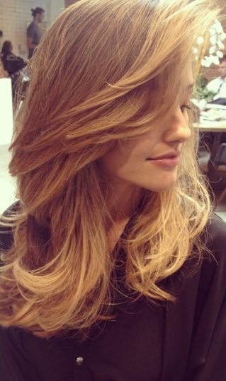 Minka Kelly Blonde Hair: If only my bangs would swoop so perfectly...