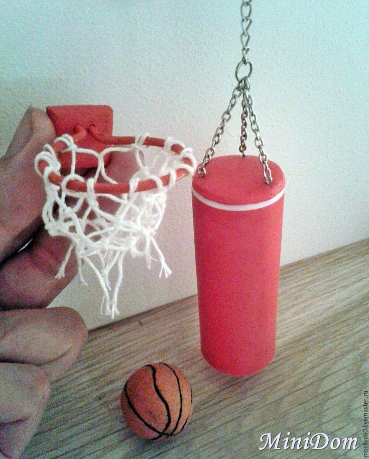 Купить Боксерская груша и баскетбольное кольцо - кукольная миниатюра - кукольная миниатюра, кукольный дом
