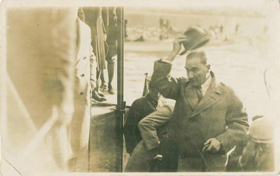 Mustafa Kemal Atatürk'ün az bilinen fotoğraflarından...  #TekAdamMustafaKemalATATÜRK pic.twitter.com/P0qsPhz94O