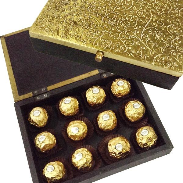 Send perfect gifts for your family or friends this ramadan festival in India visit Tajonline.com. For more information click here: http://www.tajonline.com/gifts-to-india/gifts-CLG07.html