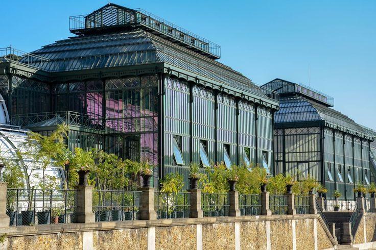 Paris, les Deux serres carrées, Jardin des Plantes, construite par Charles Rohault de Fleury en 1836 (photographie © Catherine Ficaja)