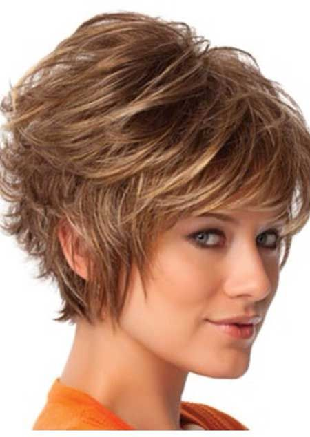 Messy and Wavy Bob Hairstyle