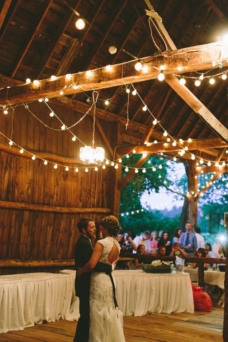 Willow Pond Weyauwega, WI Rustic Barn Wedding Central Wisconsin Rustic Wedding…