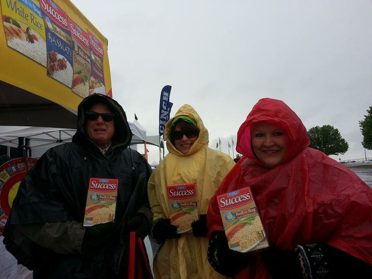 Despite the dreary weather, we had a blast at the NASCAR 500 Texas Motor Speedway Event and learning that fans love our gluten free brown rice! For recipe ideas using our gluten free brown rice, click the image!