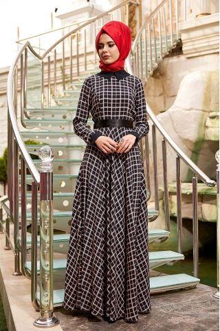 Nilüfer Kamacıoğlu Lal Siyah Ekose Tesettür Elbise