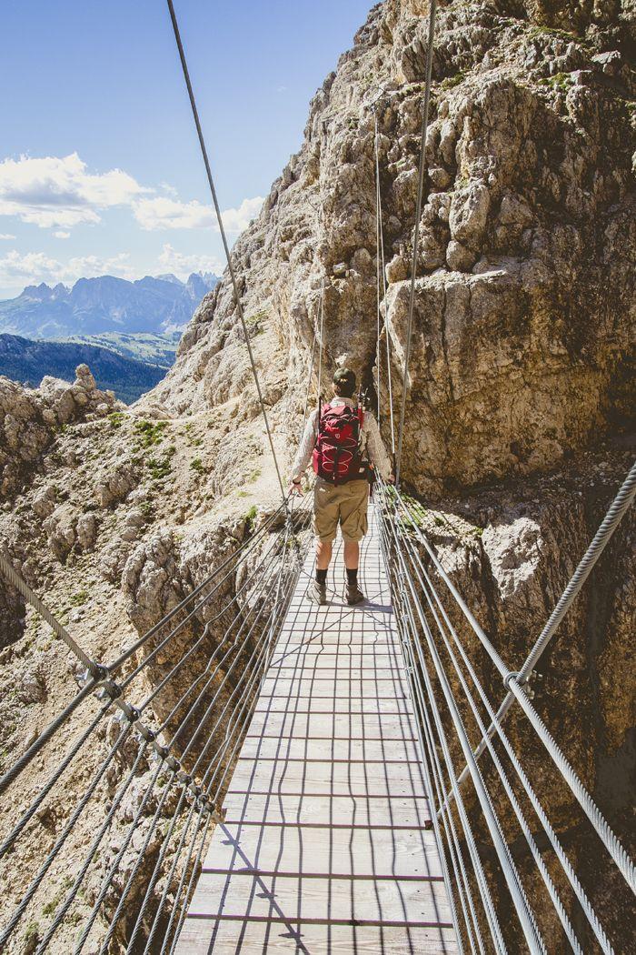 KOTONA JA KAUKOMAILLA: Dolomiitit ja ylistys roadtripeille / Lagazuoi, Dolomites