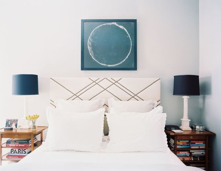 Lonny Magazine Jul/Aug 2011 | Photography by Patrick Cline; Interior Design by Lauren Gold: Geometric Art, Bedrooms Design, Interiors Design, Master Bedrooms, Patterns Headboards, Guest Rooms, Nailhead Patterns, Guest Bedroomoff, Modern Bedrooms