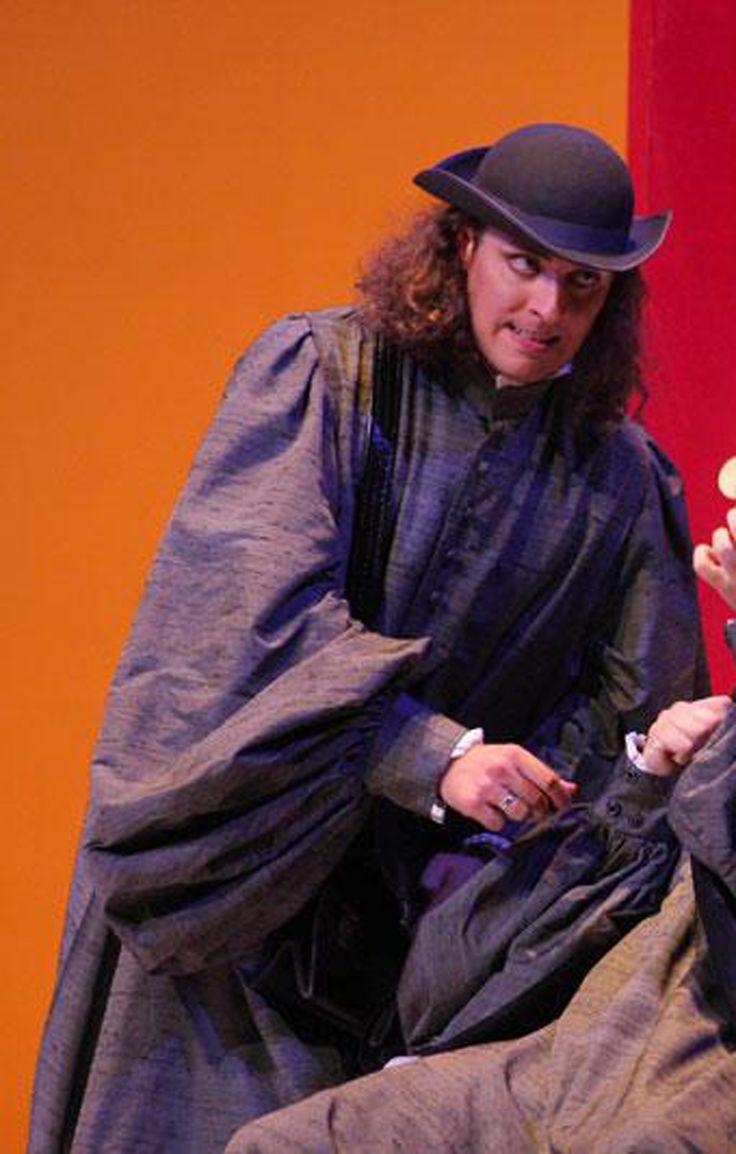 Adrian Sampetrean, costumi di Marja Hoffmann, regia di Francesco Micheli, Teatro Massimo, Palermo, 2013.