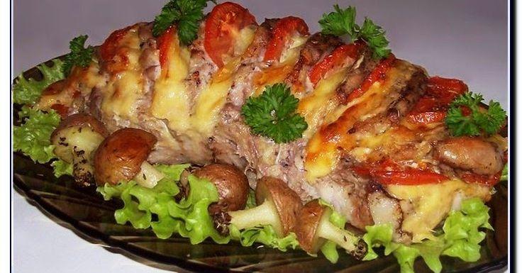 """Друзья! Сегодня предлагаю вашему вниманию - Мясо """" Гармошка """". Это мясное блюдо придется всем по вкусу и подойдет для любого меропри..."""