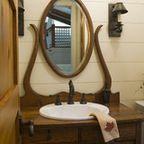 Buffet Antique utilisé comme salle de bains vanité - éclectique - Salle de bains - autre métro - par Charles Phillips Antiquités et Architecturals