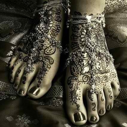 Boho Mystic henna tattoo & jewels - so pretty... love henna tats... temporary <3 so you can go all out and enjoy it for a time!!
