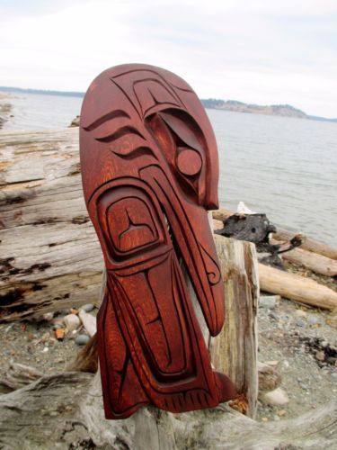 Northwest-Coast-First-Nations-native-wooden-Art-carved-Kwakiulth-RAVEN-signed