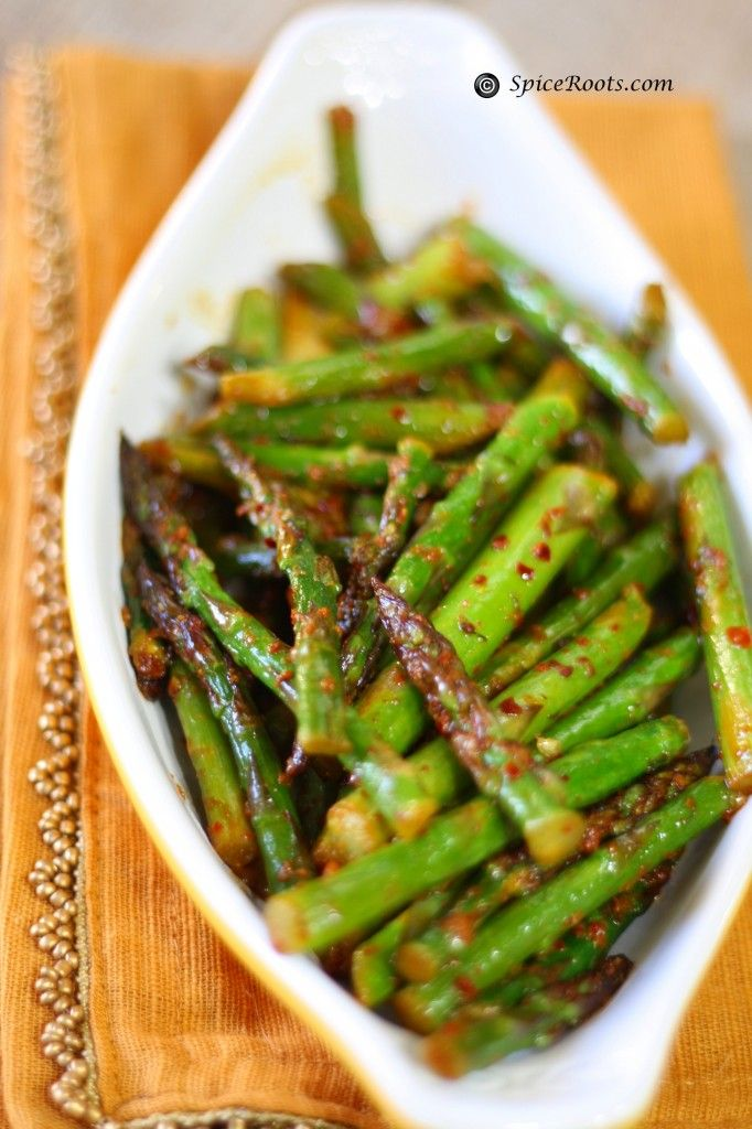 Asparagus Indian style - Might try this instead of brussell sprouts this Christmas!