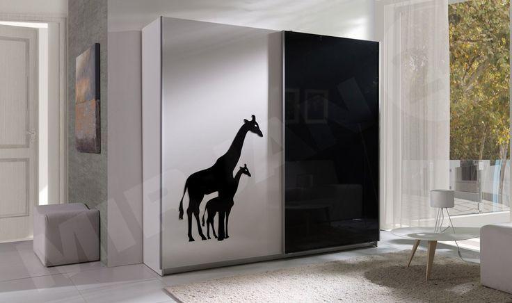 Wardrobe with the giraffe for your child.  Pojemna szafa z żyrafą dla Twojego dziecka.  #wardrobe #teenager