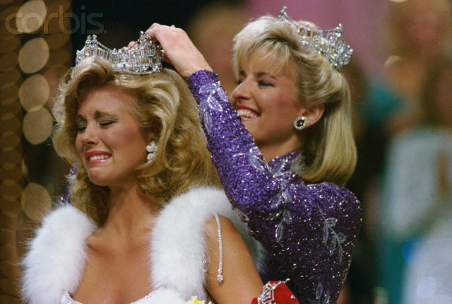 Susan Akin crying after being selected as Miss America