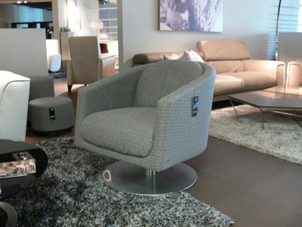 Liu Swivel Chair 99.0013.02   Armchairs   Natuzzi Italy | Modern Furniture  Store Sacramento