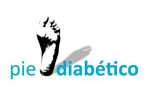 El pie diabético proviene de tener los niveles de glucosa elevados en la sangre lo cual causa daños en los vasos sanguíneos y nervios, provocando complicaciones y llegando a hacerse llagas difíciles de curar. Aquí te damos un remedio casero muy efectivo para tratar el pie diabético. Las personas diabeticas van perdiendo la sensibilidad en …