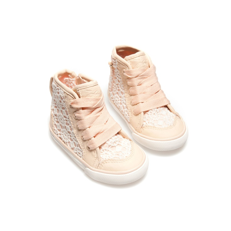 Crochet basketball shoes - Shoes - Baby girl - Kids - ZARA United States  --These also love for Abby.