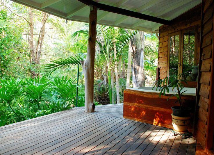 Wollumbin Palms Retreat, your luxury accommodation. Your romantic luxury holiday accommodation ideal for couples. #luxuryholidays #luxury #luxuryholidayrentals www.OzeHols.com.au/7